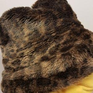 Accessories - Eloquent Designer Fur Hat